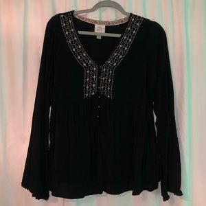 Knox Rose Embroidered Top